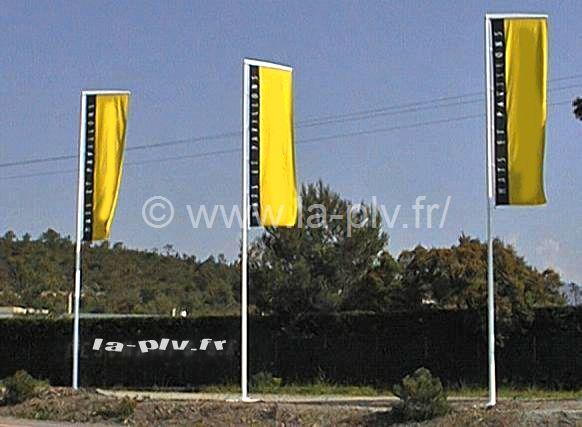 Mât drapeaux bannière fibre verre TRADITION