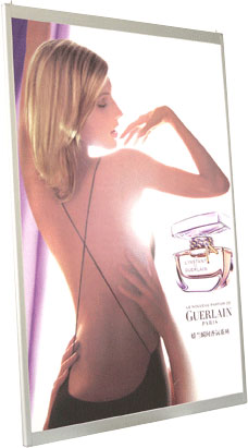 cadre lumineux led - affichage publicitaire parfum