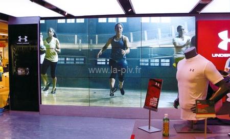 Hi tech - Affichage grande taille : mur d'image écrans leds.